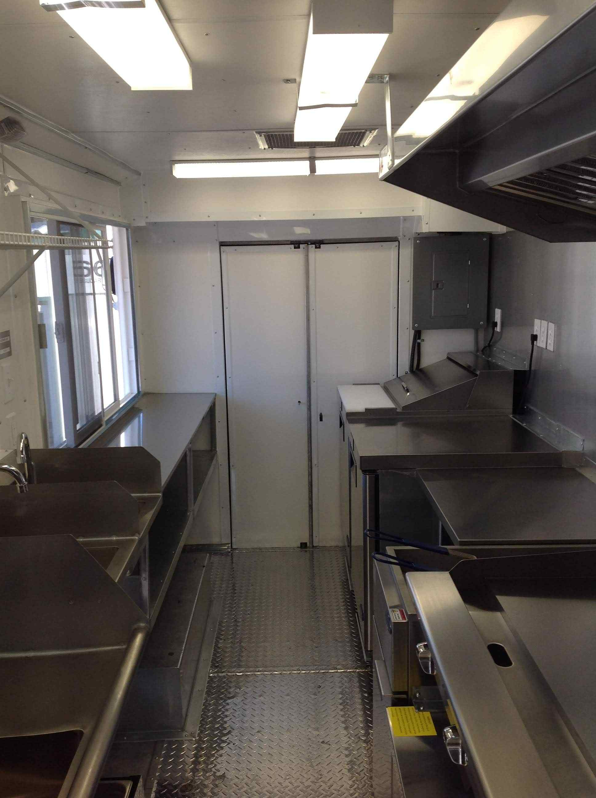 Foodtruck Interior Install