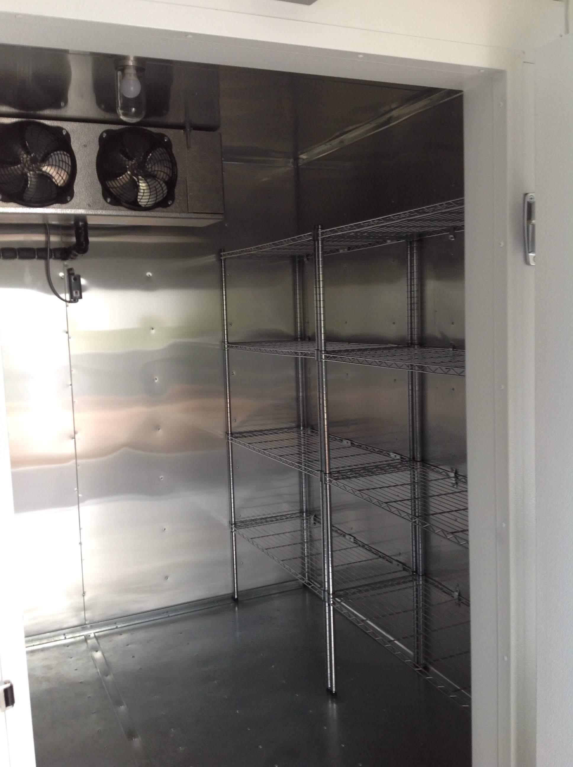 Trailer 11 Custom Foodtruck Refrigerator 2