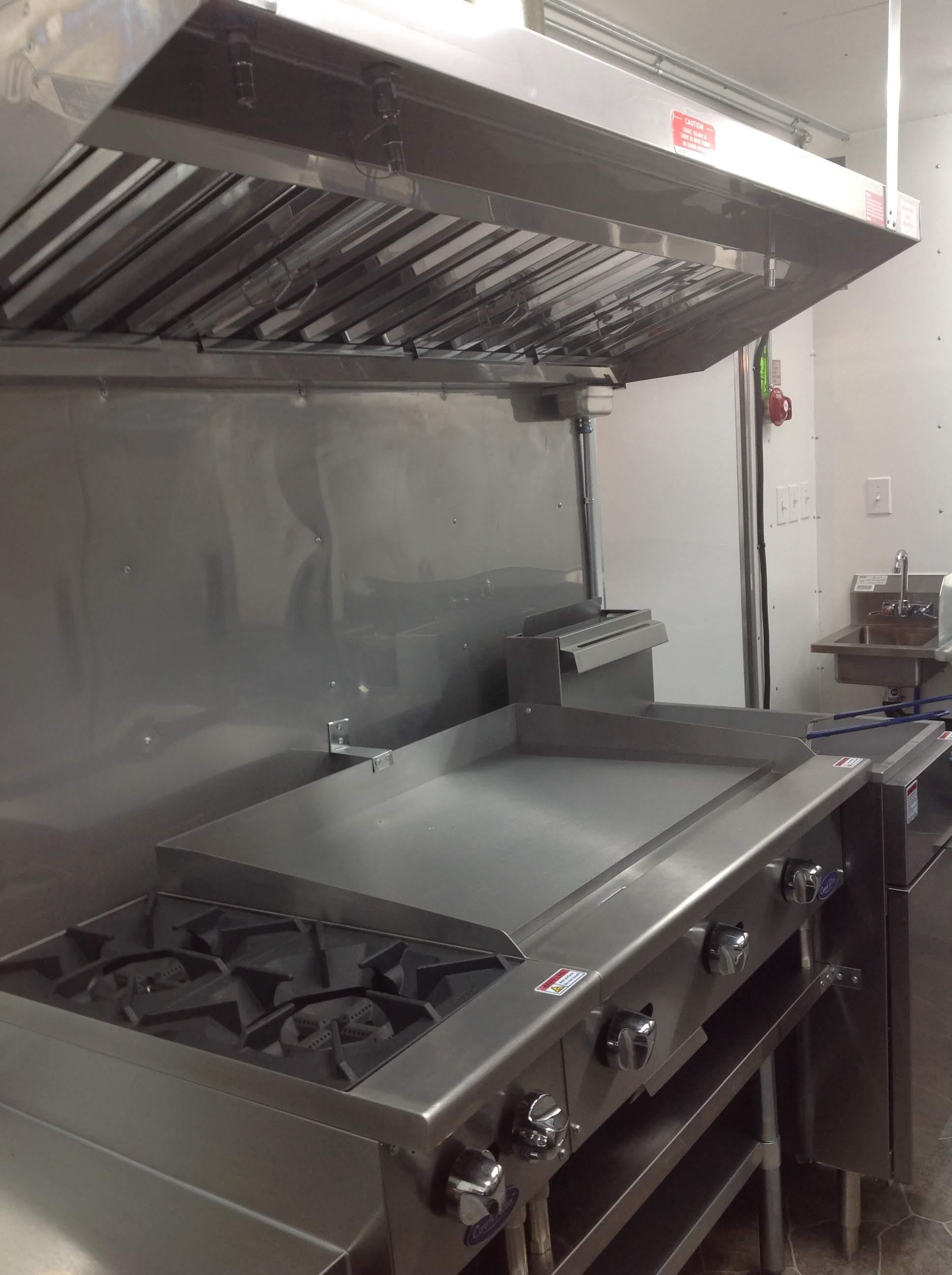 Trailer 9 Custom Foodtuck Kitchen